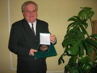 Mocsonaki László kitüntetése 2006-ban