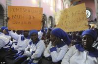 Kunonga hívei a homoszexualitás ürügyén tüntetnek a canterburyi érsek ellen