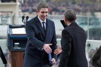 Obama üdvözli a meleg költőt