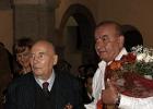 Henze és Moroni egy korábbi fotón