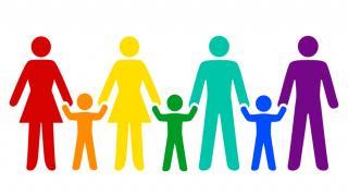 Sajtóközlemény - Kormányhivatal: Örökbefogadó meleg pároknak is jár a GYED