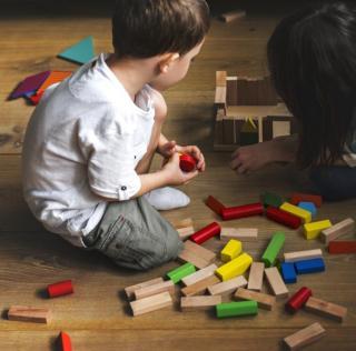 Gyermeket nevelő párok segítségét kérjük!