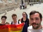 Orbán Viktor szerint az utcakép része, a Miniszterelnökség mégsem vette át a szivárványzászlót